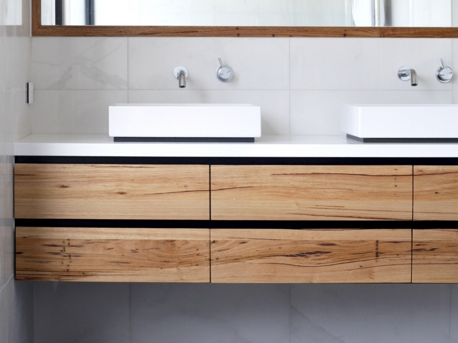 Peachy Custom Timber Vanities Bringing Warmth To The Bathroom Interior Design Ideas Oteneahmetsinanyavuzinfo