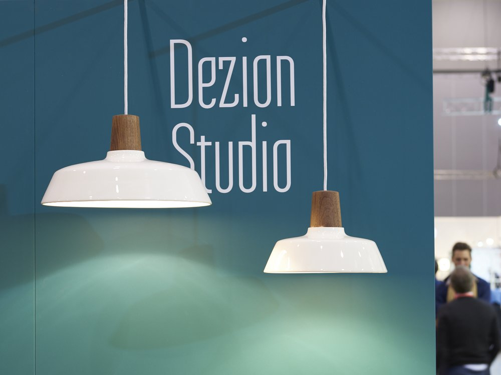 DENFAIR Dezion Studio Handkrafted Blackwood and Ceramic Pendant Lights