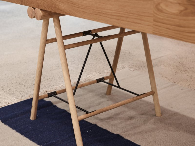 Trestle Leg Design Shuffleboard